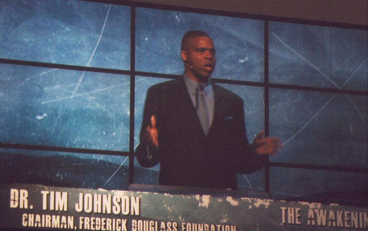 Dr_Tim_Johnson