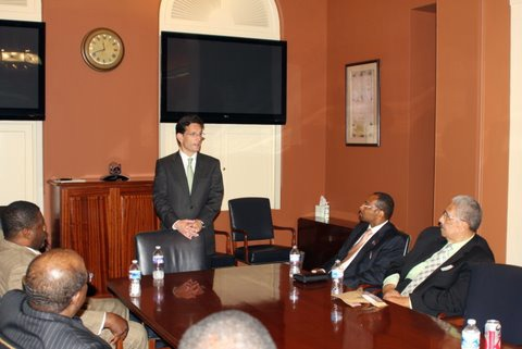 Meeting_in_the_Conference_Room_with_Congressman_Cantor_1