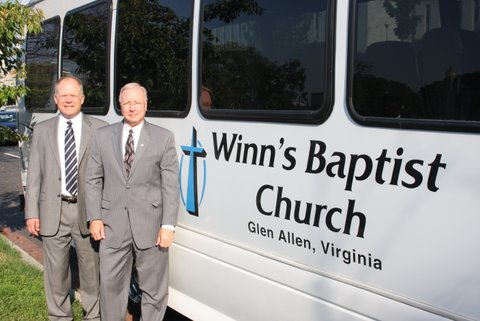 Rev_Jeff_Bauer_Pastor_of_Winns_Baptist_Church_and_Don_Blake_Chairman_of_VCA