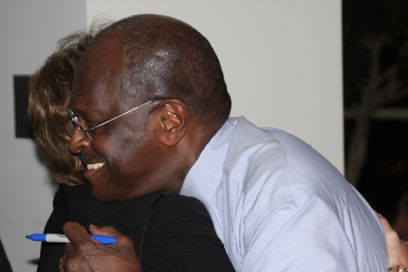 Lisa_Blake_gets_a_Herman_Cain_hug
